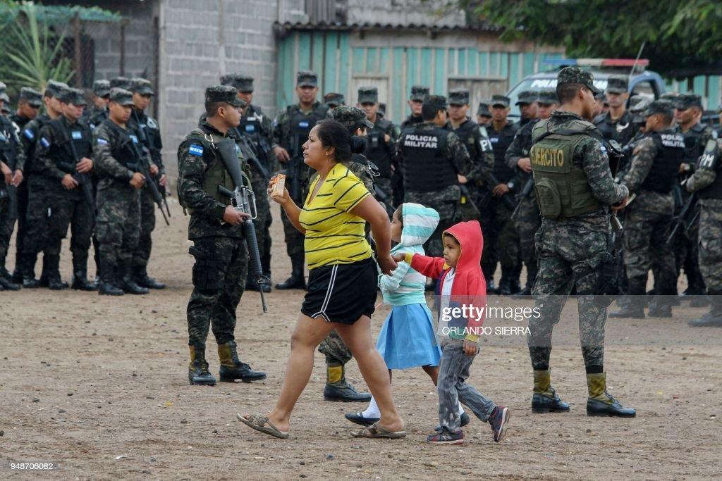 TOPSHOT-HONDURAS-CRIME-VIOLENCE-EDUCATION-SECURITY : News Photo