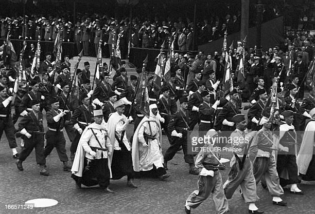 Military Review Of July 14Th Paris le 14 juillet 1956 le défilé sur les Champs Elysées les différentes troupes de profil