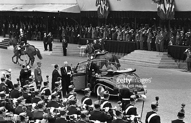 Military Review Of July 14Th Paris le 14 juillet 1956 le défilé sur les Champs Elysées Arrivée en voiture officielle du président de la république...