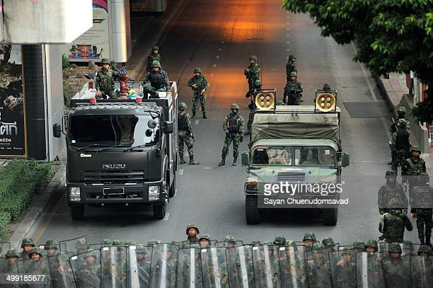CONTENT] Military units are sent in to control the situation at the Victory Monument in Bangkok on May 25 2014