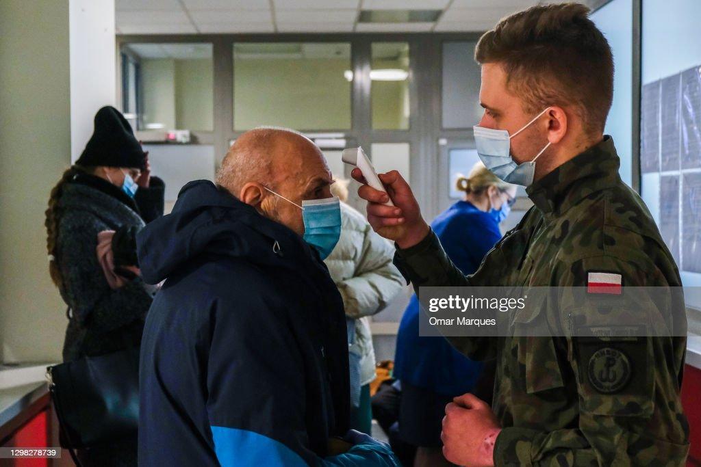 Poland Begins Covid-19 Vaccination : News Photo