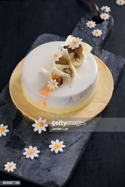 Milk chocolate jasmine mousse cake