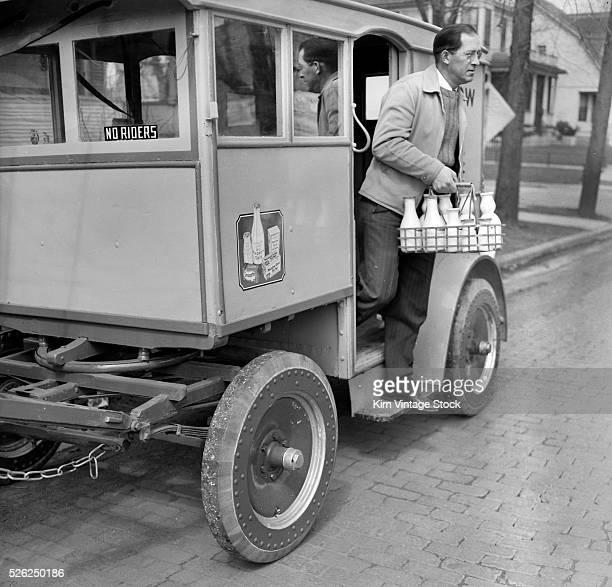 Milk man delivers his goods in Chicago ca 1938