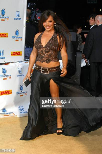 Milka Duno poses at the 5th Annual Premios Fox Sports Awards at the Fillmore Miami Beach at Jackie Gleason Theater December 12 2007 in Miami Beach...