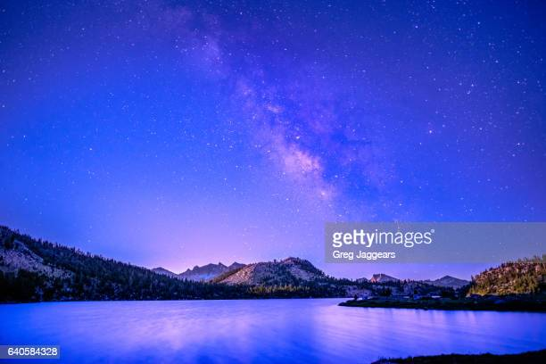 milky way above lake virginia, sierra national forrest - john muir trail stock photos and pictures