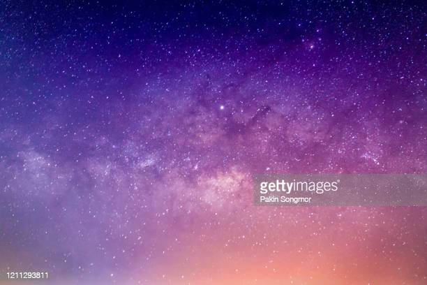 milky way galaxy with stars and space dust in the universe - 明星 個照片及圖片檔
