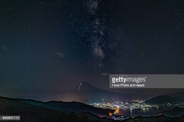 milky way on the fuji summit - tanabata festival stock pictures, royalty-free photos & images