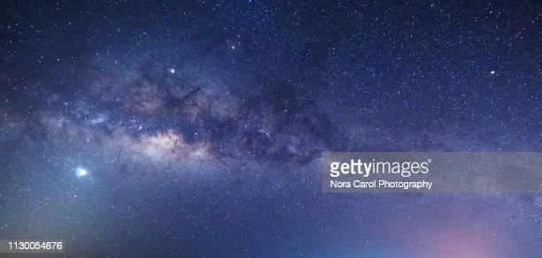 milky way - copy space stockfoto's en -beelden