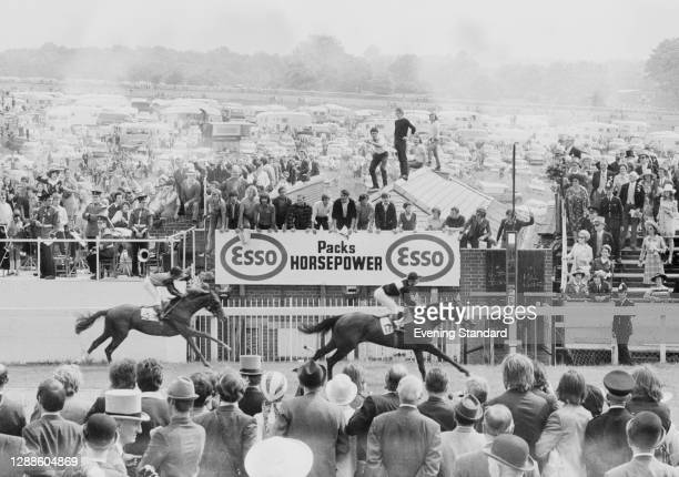 Mill Reef with Geoff Lewis up wins the Epsom Derby, UK, 2nd June 1971. Linden Tree comes in second, with Duncan Keith up.