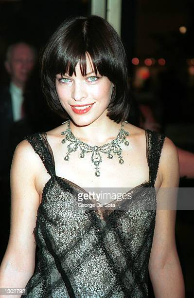 Milla Jovovich attends the CFDA American Fashion Awards 2000 June 15 2000 at Avery Fisher Hall at Lincoln Center in New York City