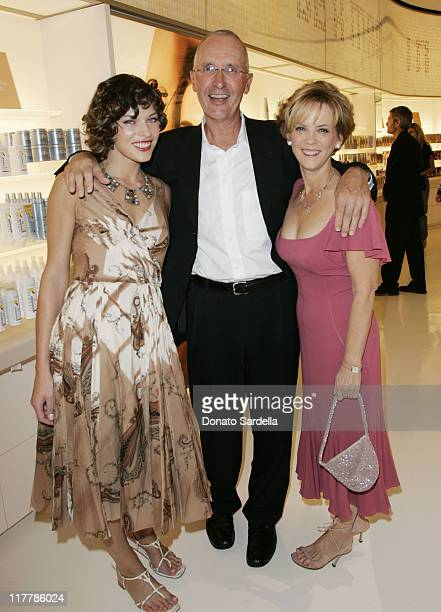 Milla Jovovich Joseph JCampinell President L'Oreal Consumer Products Division and Carol JHamilton President and General Manager L'Oreal Paris