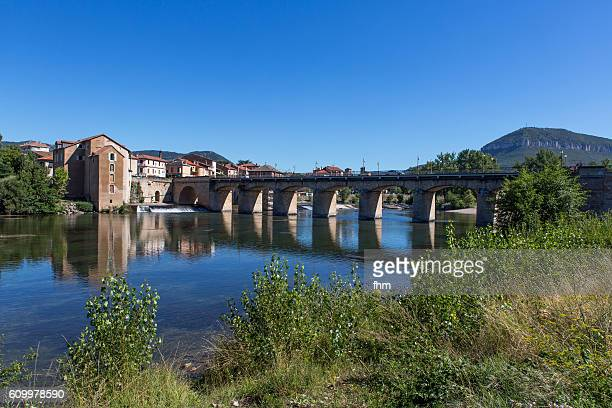 millau/ france - historic bridge crossing tarn river - aveyron stock pictures, royalty-free photos & images
