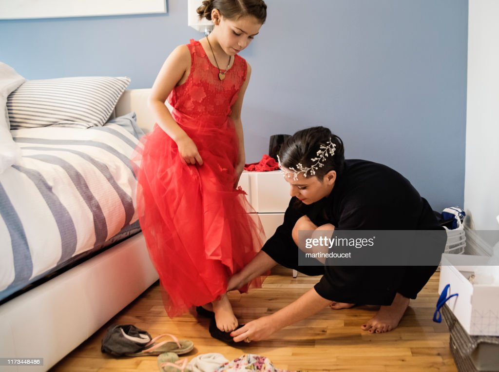 Millenial woman getting ready for her wedding. : Stock Photo