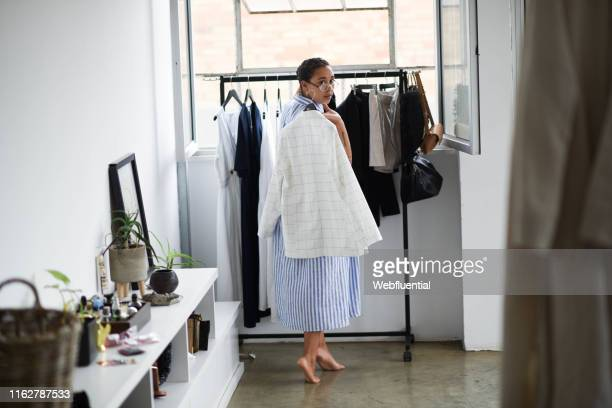 millennial women getting ready for work - webfluential stock pictures, royalty-free photos & images