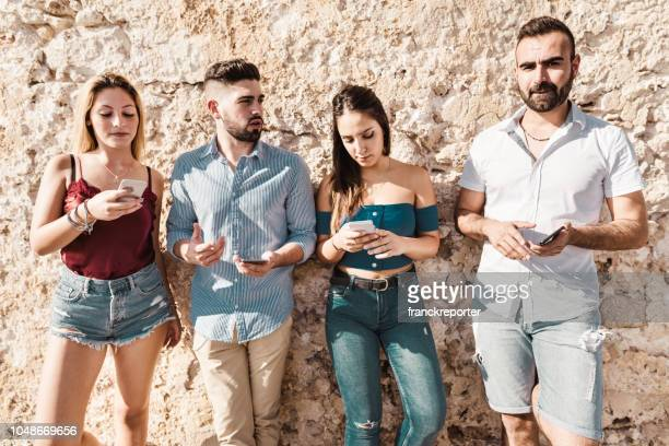 millennials using the phone together