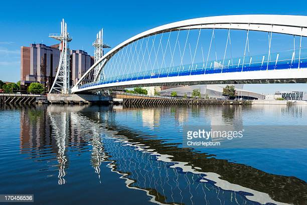 millennium bridge, salford quays, manchester - manchester england stock pictures, royalty-free photos & images