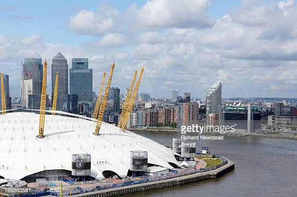 millennium dome - the o2 england stock pictures, royalty-free photos & images