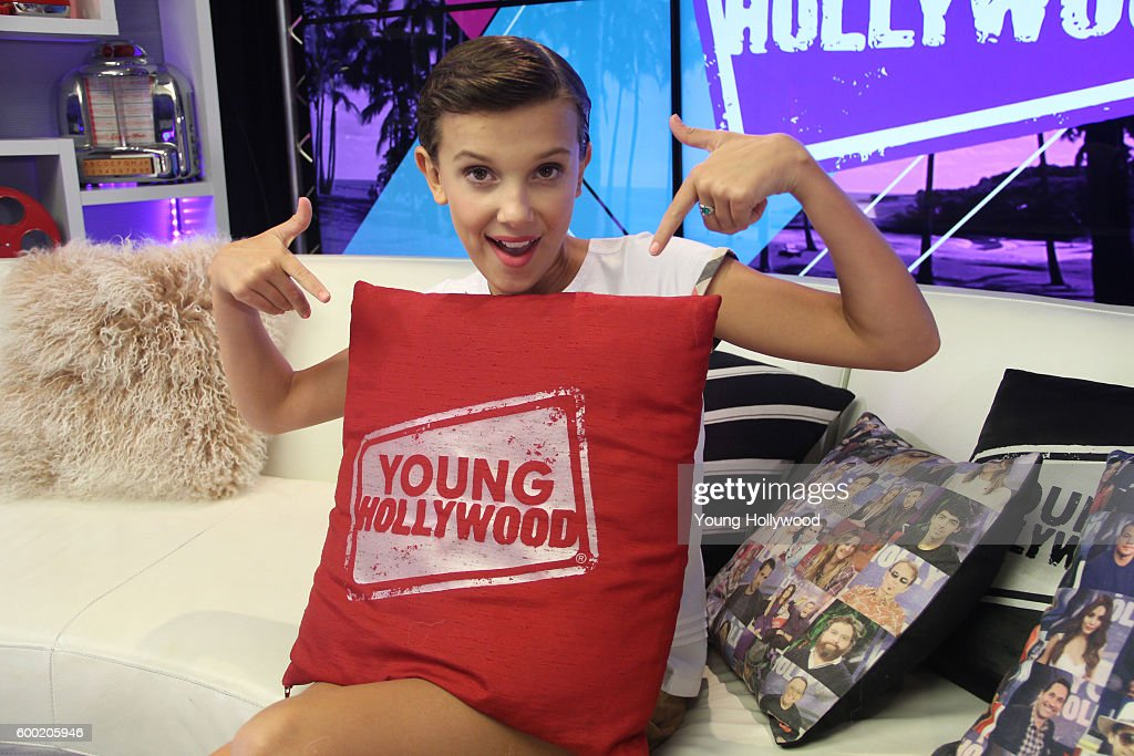 Stranger Things Cast Visit Young Hollywood Studio : News Photo
