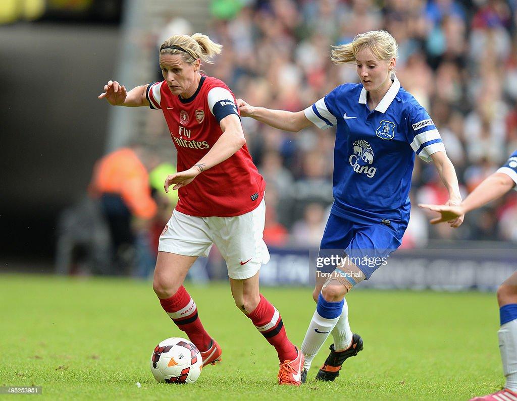 Everton Ladies v Arsenal Ladies - FA Women's Cup Final : News Photo