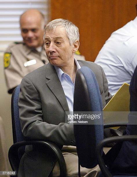 Millionaire murder defendant Robert Durst sits in State District Judge Susan Criss court November 10 2003 at the Galveston County Courthouse in...