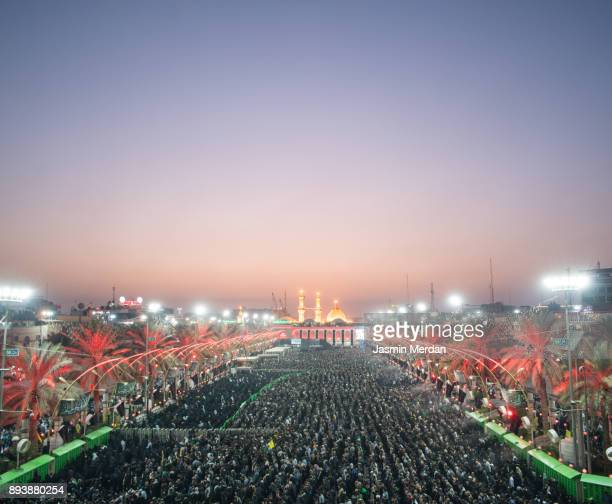 millions of pilgrims in karbala shrine, iraq - arbaeen fotografías e imágenes de stock