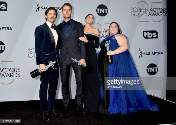 Milo Ventimiglia Ben Hardy Mandy Moore and Chrissy Metz pose in the press room during the 25th Annual Screen ActorsGuild Awards at The Shrine...