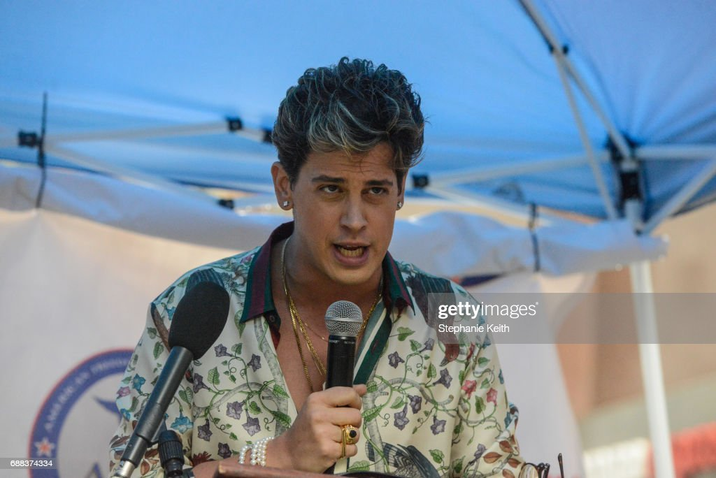 Milo Yiannopoulos speaks at an Alt Right protest of Muslim activist Linda Sarsour on April 25, 2017 in New York City.