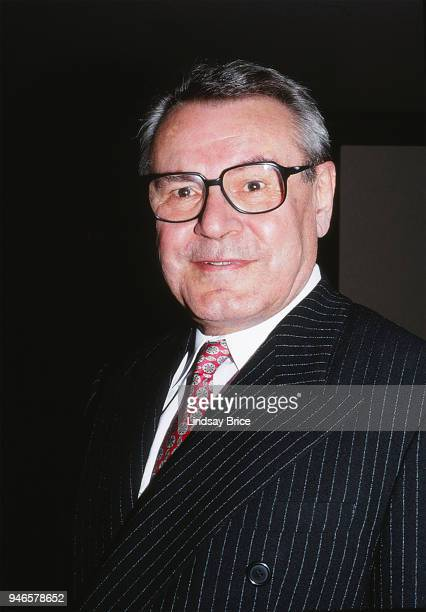 Milos Forman arrives for the ACLU Torch of Liberty Dinner an honoree for his advocacy for the First Amendment with his 1996 film The People vs Larry...