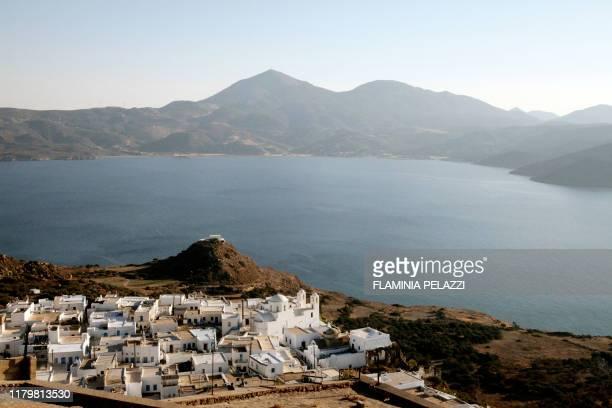 milos, greece, greek islands - mitologia greca foto e immagini stock