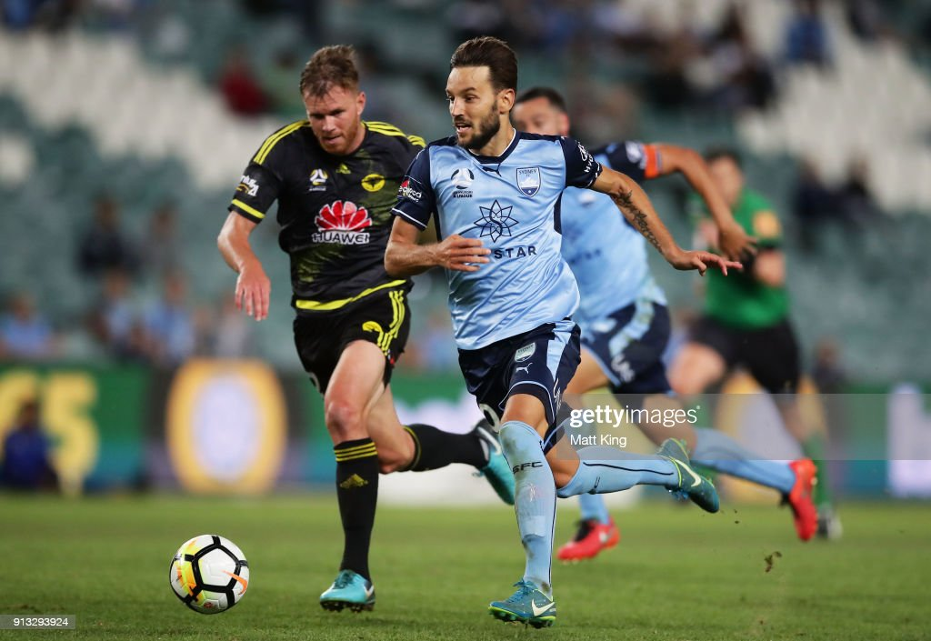 Milos Ninkovic of Sydney FC beats the defence to score a goal during the round 19 A-League match between Sydney FC and the Wellington Phoenix at Allianz Stadium on February 2, 2018 in Sydney, Australia.