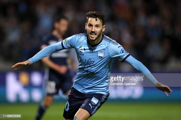 Milos Ninkovic of Sydney FC celebrates kicking a goal during the A-League Semi Final match between Sydney FC and the Melbourne Victory at Netstrata...