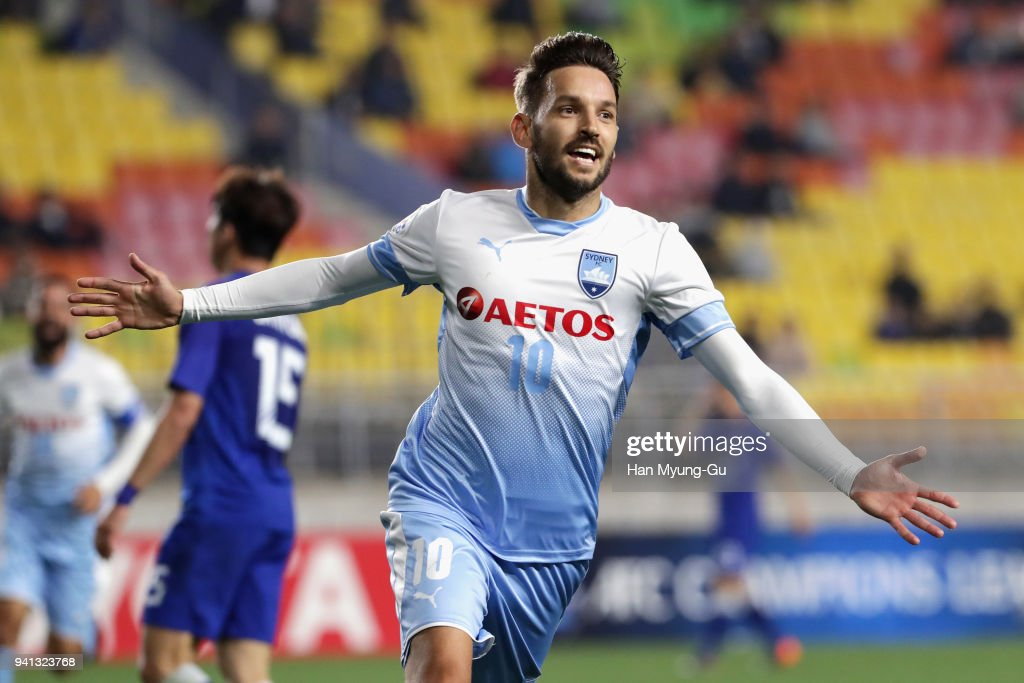 Suwon Samsung Bluewings v Sydney FC - AFC Champions League Group F : News Photo