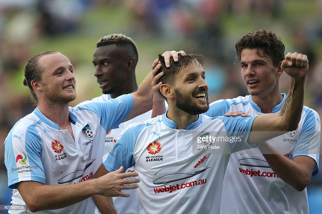 A-League Rd 9 - Newcastle v Sydney