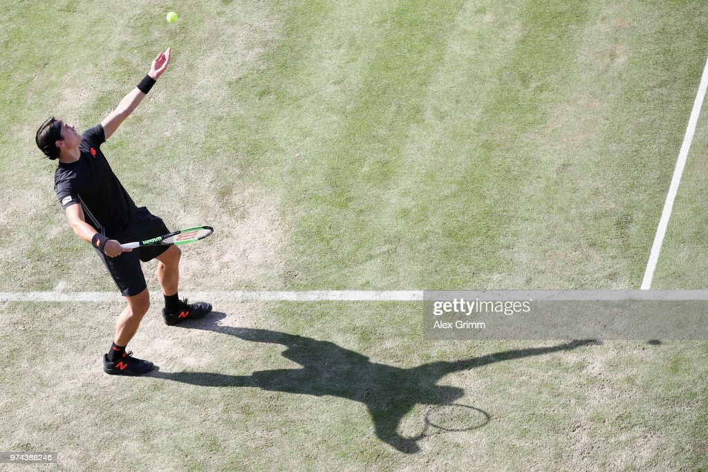 Milos Raonic of Canada serves the ball to Marton Fucsovics of Hungary during day 4 of the Mercedes Cup at Tennisclub Weissenhof on June 14, 2018 in Stuttgart, Germany.