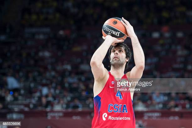 Milos Teodosic #4 of CSKA Moscow in action during the Turkish Airlines EuroLeague Final Four Semifinal B game between CSKA Moscow v Olympiacos...