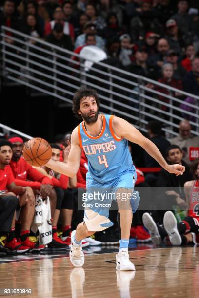 Milos Teodosic of the LA Clippers passes the ball against the Chicago Bulls on March 13 2018 at the United Center in Chicago Illinois NOTE TO USER...