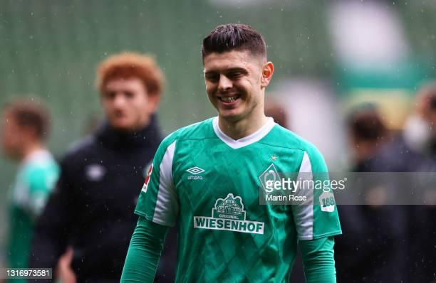 Milot Rashica of Werder Bremen looks dejected after the Bundesliga match between SV Werder Bremen and Bayer 04 Leverkusen at Wohninvest Weserstadion...