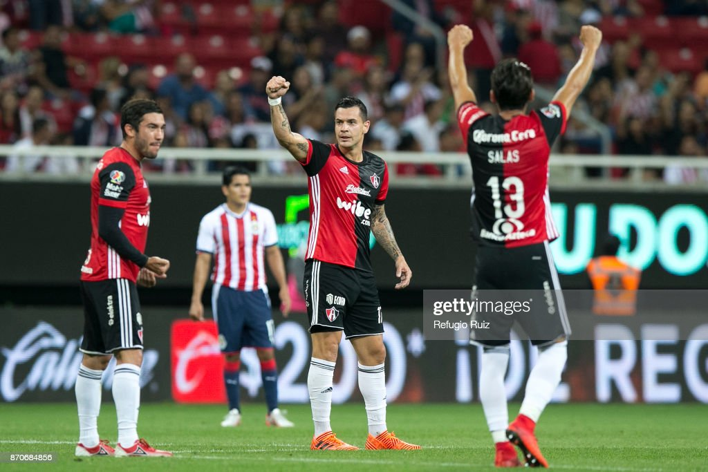 Milton Caraglio of Atlas celebrates after scoring the first goal of his team during the 16th round match between Chivas and Atlas as part of the Torneo Apertura 2017 Liga MX at Chivas Stadium on November 4, 2017 in Zapopan, Mexico.