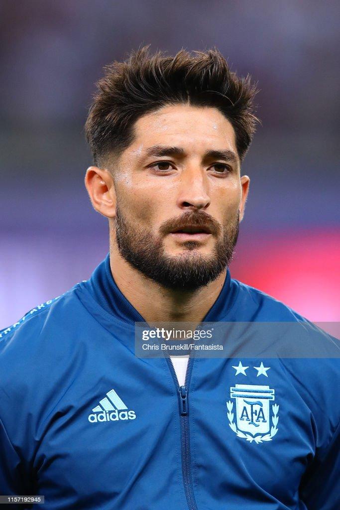 [Imagen: milton-casco-of-argentina-looks-on-durin...1157192945]