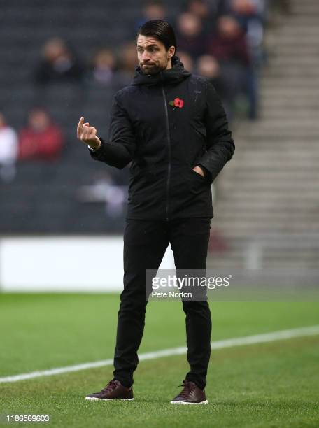 Milton Keynes Dons manager Russell Martin looks on during the FA Cup First Round match between Milton Keynes Dons and Port Vale at Stadium mk on...