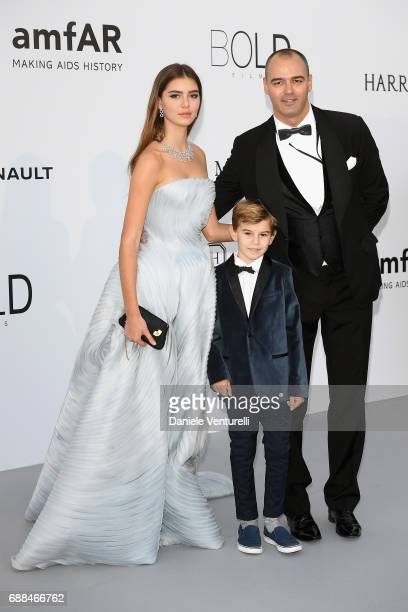 Milutin Gatsby and his children arrive at the amfAR Gala Cannes 2017 at Hotel du CapEdenRoc on May 25 2017 in Cap d'Antibes France