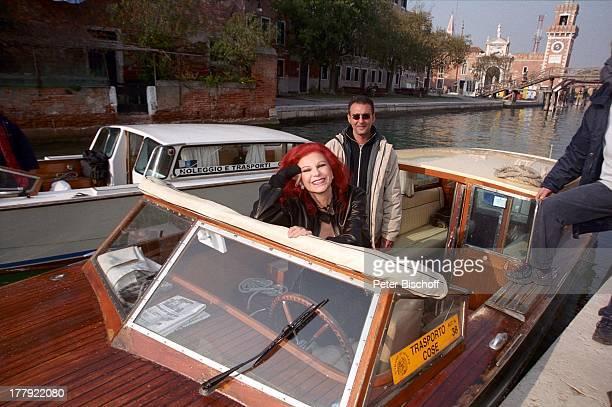 "Milva, Motor-Gondoliere, Landgang, ARD-Show ""Zauberhafte Heimat"", M i t t e l m e e r - K r e u z f a h r t mit M S ""D e u t s c h l a n d"", Venedig,..."