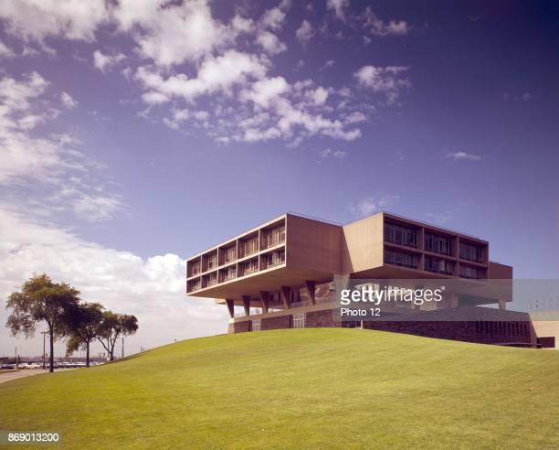 Milwaukee Art Museum Milwaukee Wisconsin 195257 Architect Eero Saarinen Circa 1963