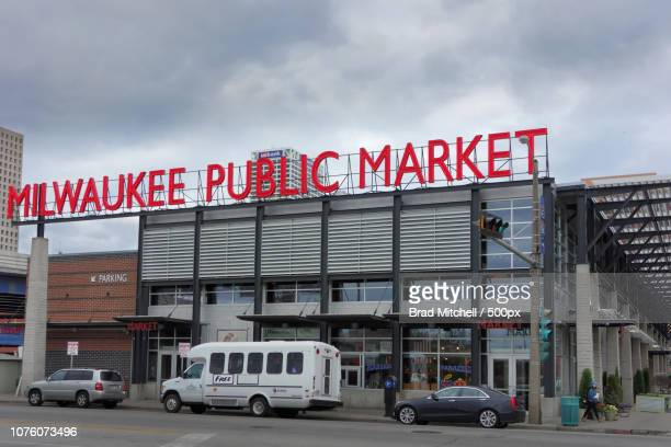 milwaukee public market, historic third ward, milwaukee, wisconsin, usa - staadts,_wisconsin stock pictures, royalty-free photos & images