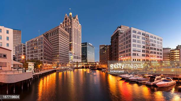 milwaukee river - milwaukee stock pictures, royalty-free photos & images