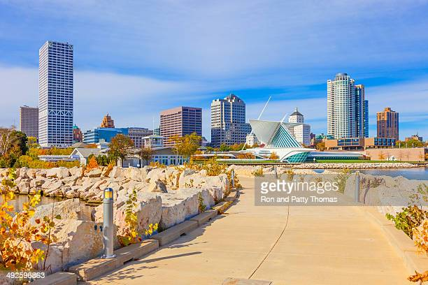 milwaukee skyline, wi - wisconsin stock pictures, royalty-free photos & images