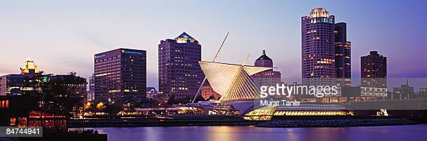 milwaukee, wisconsin - milwaukee wisconsin stock pictures, royalty-free photos & images