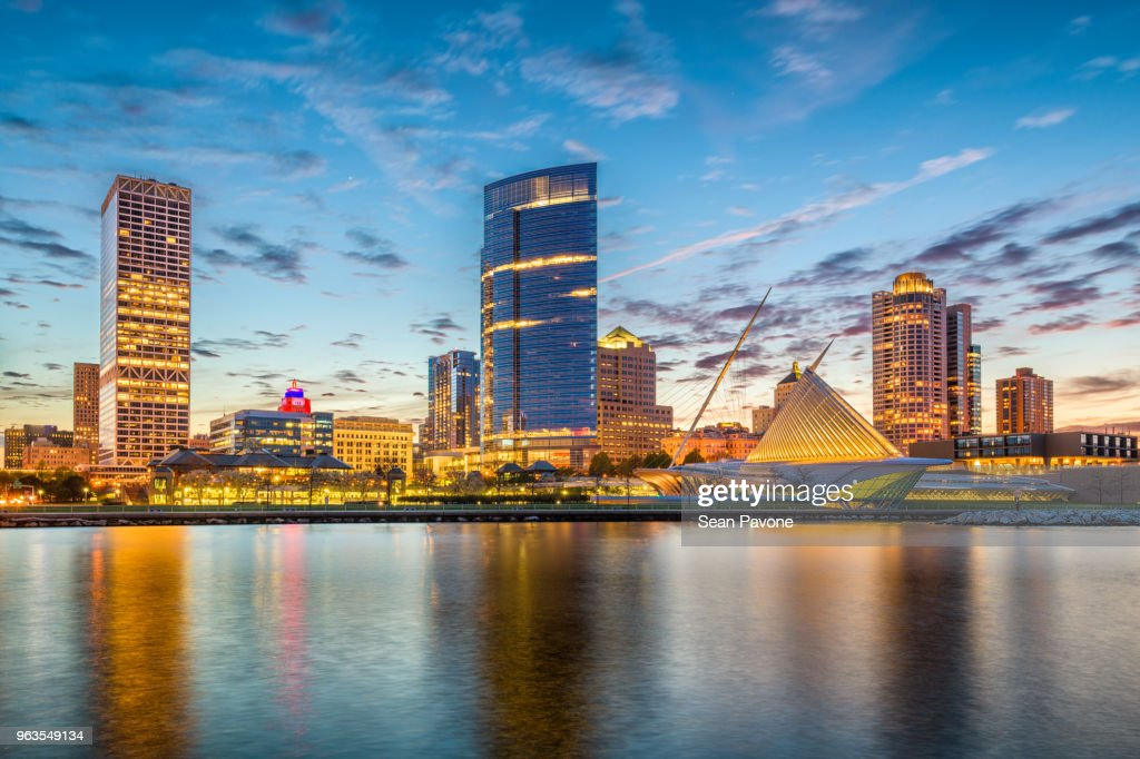 Milwaukee, Wisconsin, USA Skyline : Stock Photo