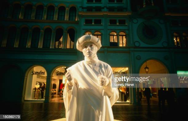 Mime on 'St Marks square' in the Venetian Casino and Hotel.
