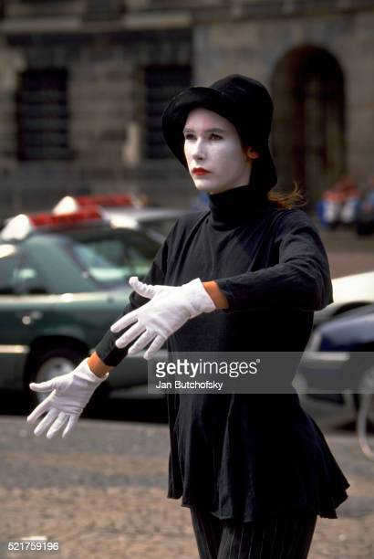 Mime Performing in Amsterdam